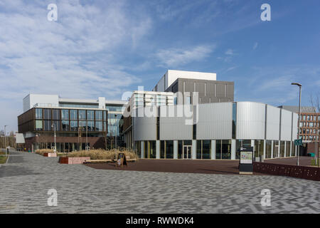 Modern architecture on Waterside Campus, home to the University of Northampton, UK - Stock Image