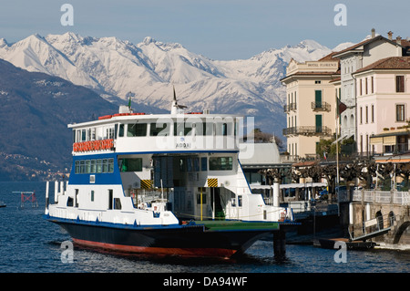 ferryboat in Bellagio, Lake Como, Italy - Stock Image