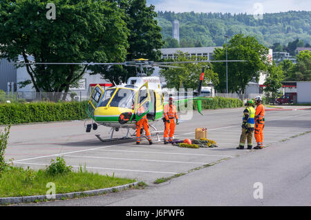 Aérospatiale/Eurocopter AS350 B3 'Écureuil' (Airbus Helicopters H125) on a parking lot, being - Stock Image