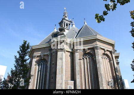 17th century classical Nieuwe Kerk (New Church) in The Hague, The Netherlands at Spui street. - Stock Image