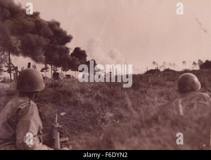 738. Russian front WW2 Ukraine.Troops seek shelter from German attack - Stock Image