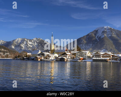 Rottach Egern at Tegernsee Lake in winter, Bavaria, Germany - Stock Image