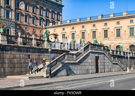 18 September 2018: Stockholm, Sweden - Tourists sightseeing at the Royal Palace on the island of Stadsholmen, in Gamla Stan, the old town of Stockholm - Stock Image