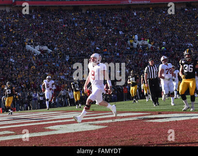 Pasadena, CA. 01st Jan, 2016. Stanford Cardinal quarterback Kevin Hogan #8 of Stanford scores a td in the 1st quarter - Stock Image