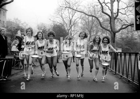 Humour/Unusual/Sport. Charity Pancake Race. Lincoln's Inn Fields.  February 1975 75-00807-011 - Stock Image