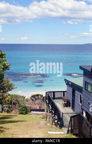 Holiday house overlooking Bay of Fires, Tasmania, Australia. No PR - Stock Image