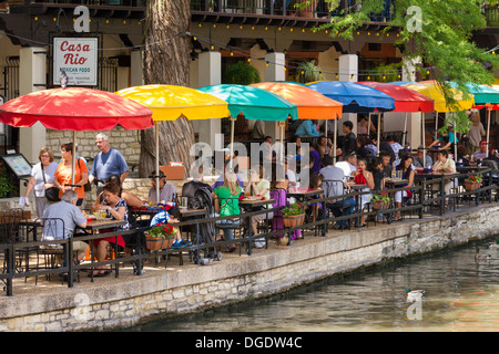 Tourists at cafes and restaurants along the San Antonio Riverwalk Texas USA - Stock Image