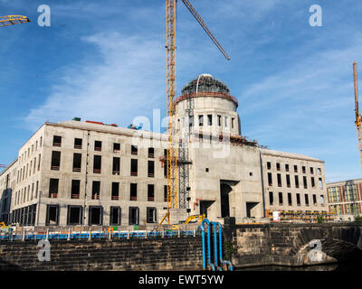 Schlossplatz construction site of the Humboldt Forum in evening light. West facade with entrance portal. - Stock Image