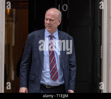 London 26th March 2019, Chris Grayling MP, PC, Transport Secretary leaves a Cabinet meeting at 10 Downing Street, London Credit: Ian Davidson/Alamy Live News - Stock Image