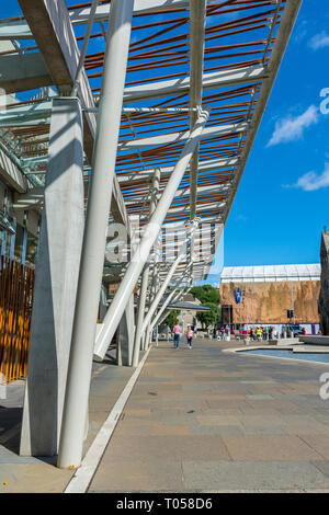 The Scottish Parliament Building (by Enric Miralles 2004), Holyrood, Edinburgh, Scotland, UK - Stock Image