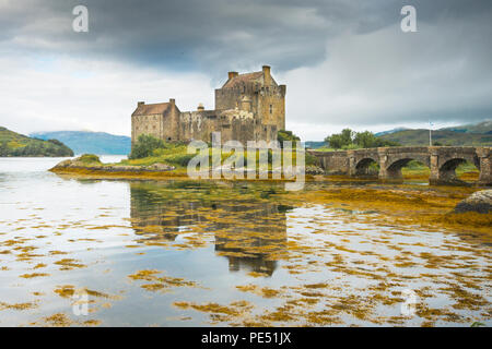 Eileen Donan Castle on the shores of Loch Duich, Loch Long and Loch Alsh. - Stock Image