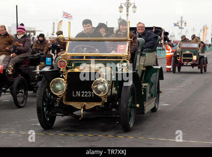 Mr Michael Sheppard driving a1904 Mors, across the finishing line at the end of the 2018 London to Brighton Veteran Car Run - Stock Image