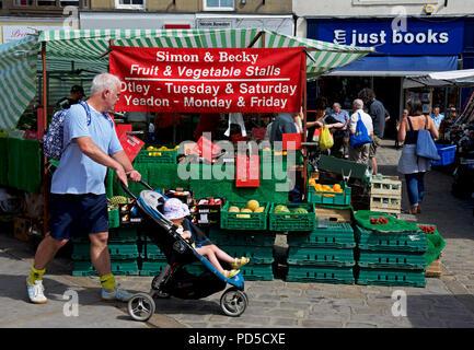 Otley market, West Yorkshire, England UK - Stock Image