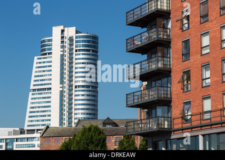 Bridgewater Place and riverside apartments River Aire, Leeds, England - Stock Image