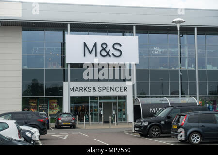 Biggleswade, Bedfordshire, UK, 21st May 2018. This out of town Marks and Spencer Store in Biggleswade appears to be unaffected by the latest store closures across the country which were announced today by M&S. Credit: Mick Flynn/Alamy Live News - Stock Image