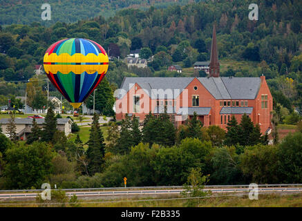 Evening flight at the 30th annual Atlantic International Balloon Fiesta over Sussex, New Brunswick, Canada, Sept. - Stock Image