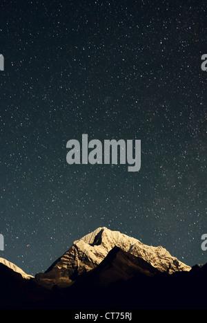 mountain range in Nepal at night - Stock Image