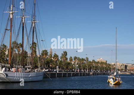 Barcelona marina and mare magnum commercial center - Stock Image