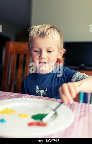 boy painting - Stock Image