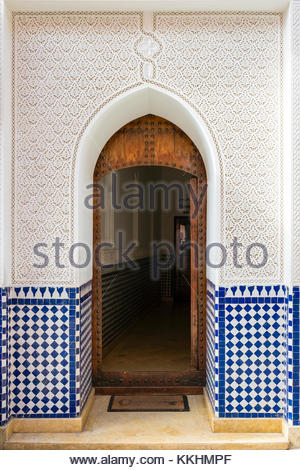 Morocco, Marrakech-Safi (Marrakesh-Tensift-El Haouz) region, Marrakesh. Entrance to a hammam in the medina old town. - Stock Image