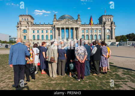 Tourists in Berlin 2018 - Stock Image