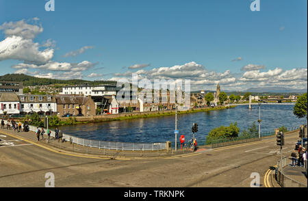 INVERNESS CITY SCOTLAND CENTRAL CITY TRAFFIC LIGHTS AT BANK STREET AND THE NESS ROAD BRIDGE - Stock Image