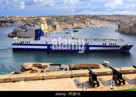 La Valletta, view from Upper Barracca gardens, Malta - Stock Image