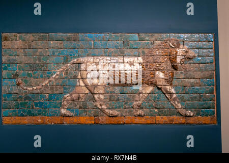 Panel with striding lion, street in Babylon was the Processional Way, Mesopotamia, Babylon, The Metropolitan Museum of Art, Manhattan, New York USA - Stock Image