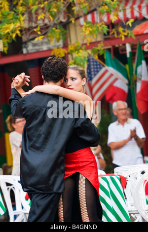 Professional tango dancers in Buenos Aires - Stock Image