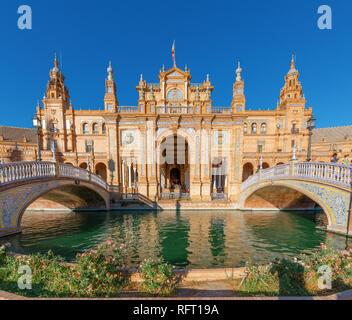 Seville, plaza de espana, palace and fountain. Andalucia. Spain - Stock Image