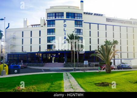 Apartahotel Folias. An apartment hotel in Maspalomas, Las Palmas, Gran Canaria - Stock Image