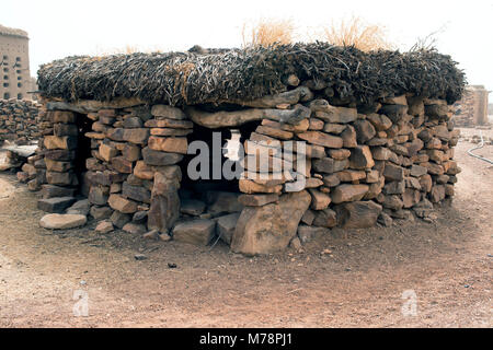 A courthouse (toguna, palaver hut) in a Dogon village, Mali, is where elders settle disputes and enact customary - Stock Image