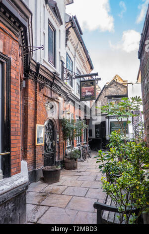 Ye Olde White Harte,Pub,Silver Street,Kingston upon Hull,England - Stock Image