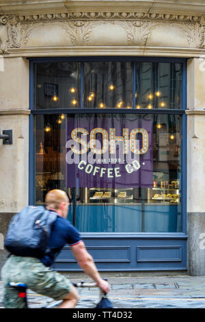 Soho Coffee Co Coffee Shop in the City of London UK - Soho Coffee Co is a small coffee chain based in the UK founded 1999. - Stock Image