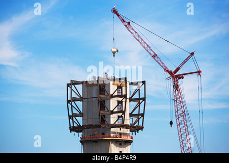 silhoutte, Silhouette, progress, new, york, industry, industrial, future, dusk, dawn, cranes, construction, city, - Stock Image