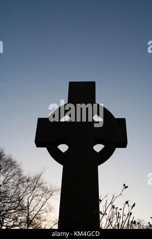 Celtic Cross against a winter sky - Stock Image