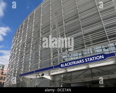 London Blackfriars modern new entrance after renovation 2013 for the Thameslink project - Stock Image