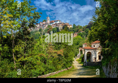 Italy Lombardy Unesco World heritage Site - Sacro Monte di Varese ( Varese sacred Mount ) - VIII Chapel - crowning of thorns, - Stock Image