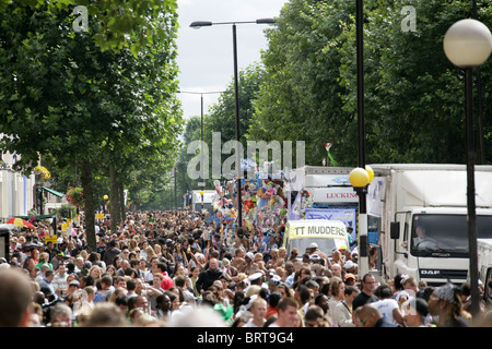 Crowd at Nottinghill Carnival 2010 - Stock Image