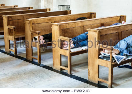 London England United Kingdom Great Britain West End St James's Piccadilly Church St James-in-the-Fields Anglican Church parish interior pews homeless - Stock Image