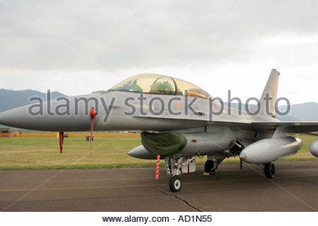 Zeltweg 2005 AirPower 05 airshow Austria, Fighting Falcon F16 Viper - Stock Image