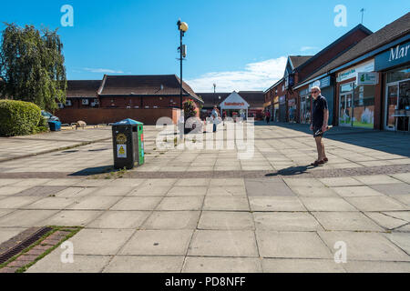 Local shops in Anders Square at the centre of Perton in South Staffordshire near Wolverhampton. - Stock Image