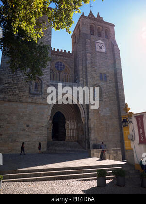 The massive 12-century gothic Cathedral of the city of Evora in the Alentejo region of Portugal - Stock Image