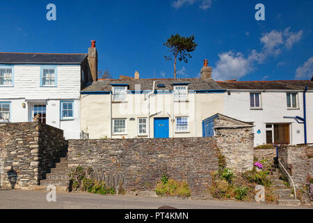 29 June 2018: Port Isaac Cornwall UK - Row of terraced cottages in the village, where the Doc Marten TV series is filmed, during the summer heatwave. - Stock Image