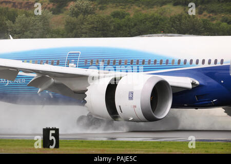 Rolls-Royce Trent 1000 engine-cowling of the first Boeing 787-8 Dreamliner prototype landing - Stock Image