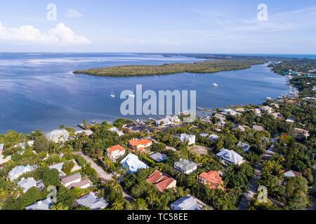 Captiva Island Florida Pine Island Sound Gulf of Mexico Roosevelt Channel Buck Key Preserve homes aerial overhead bird's eye view above - Stock Image
