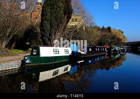 Canal Boats on the Grand Union Canal, Northolt, Middlesex - Stock Image