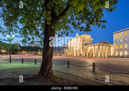Brandenburg Gate at Twilight, Reichstag, Berlin - Stock Image
