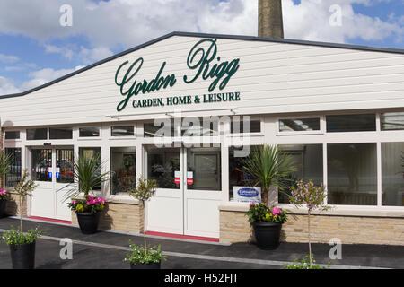 Entrance to Gordon Rigg garden centre, Rochdale Road,  Walsden in Lancashire. Gordon Rigg is a family business. - Stock Image
