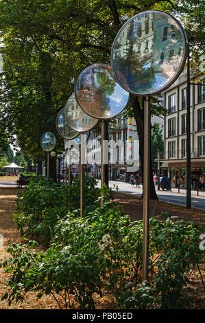 Linsenallee (Lens Avenue), Ostwall, Krefeld, NRW, Germany - Stock Image